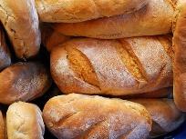 Хлеб дорожает, хотя и не должен