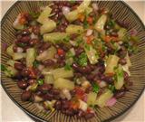 Салат из ананасов с фасолью